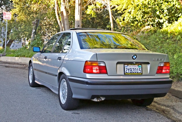 1992 BMW 3 Series 325i SEDAN ONLY 67K ORIGINAL MLS AUTOMATIC Woodland Hills, CA 47