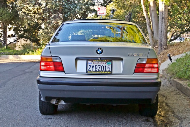 1992 BMW 3 Series 325i SEDAN ONLY 67K ORIGINAL MLS AUTOMATIC Woodland Hills, CA 10