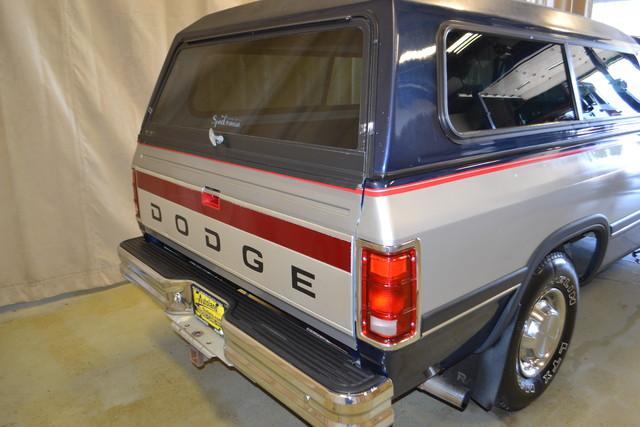 1992 Dodge D250 & W250 Roscoe, Illinois 4