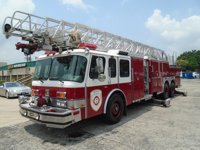 1992 E-One /Hush Qunit 110FT LADDER /PUMPER 4DR HURRICANE San Antonio, Texas 0