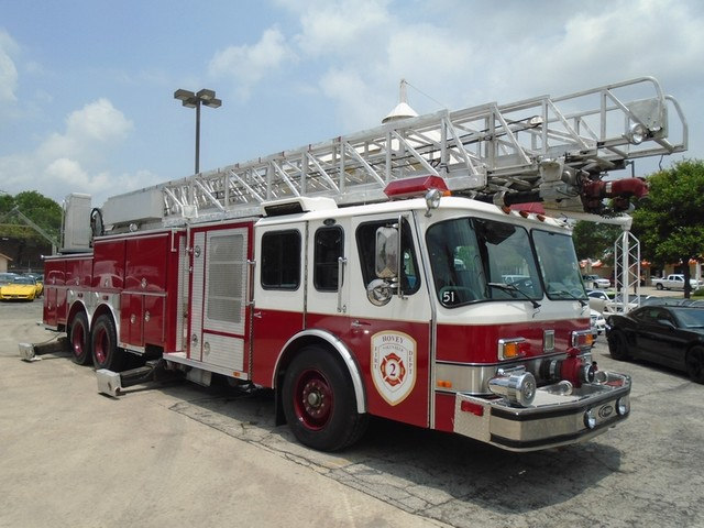 1992 E-One /Hush Qunit 110FT LADDER /PUMPER 4DR HURRICANE San Antonio, Texas 2