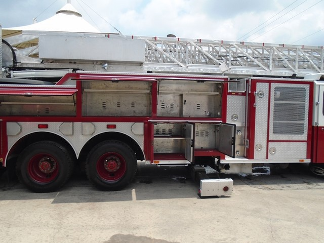 1992 E-One /Hush Qunit 110FT LADDER /PUMPER 4DR HURRICANE San Antonio, Texas 42