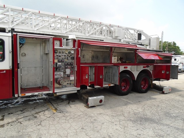 1992 E-One /Hush Qunit 110FT LADDER /PUMPER 4DR HURRICANE San Antonio, Texas 51