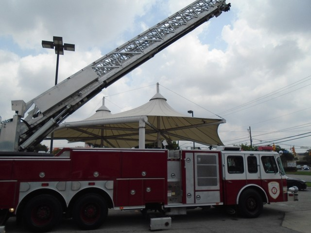 1992 E-One /Hush Qunit 110FT LADDER /PUMPER 4DR HURRICANE San Antonio, Texas 60