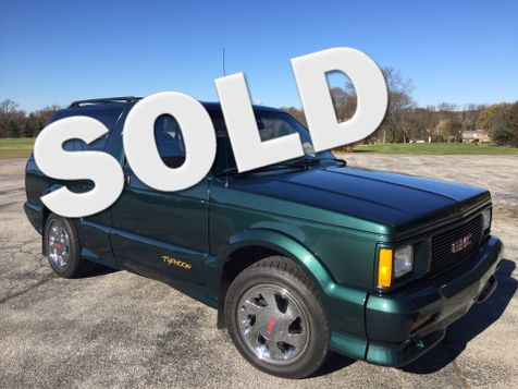 1992 GMC Typhoon  in Oaks