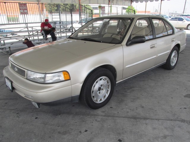 1992 Nissan Maxima SE wDriver Airbag Please call or e-mail to check availability All of our ve
