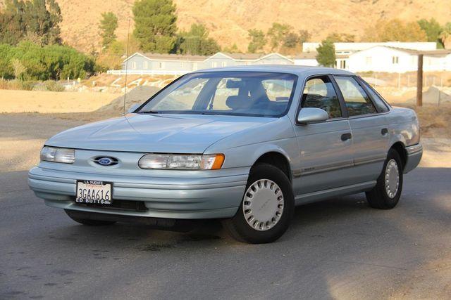1993 Ford Taurus GL Santa Clarita, CA 4