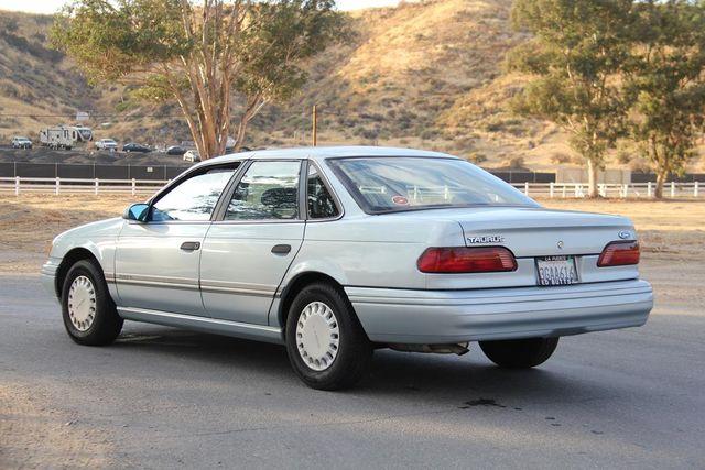 1993 Ford Taurus GL Santa Clarita, CA 5