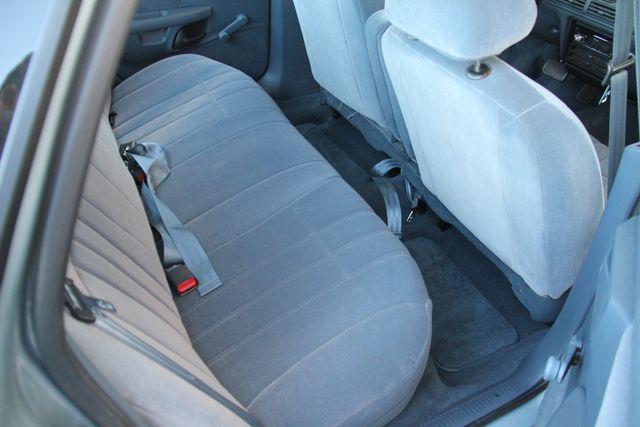 1993 Ford Taurus GL Santa Clarita, CA 15