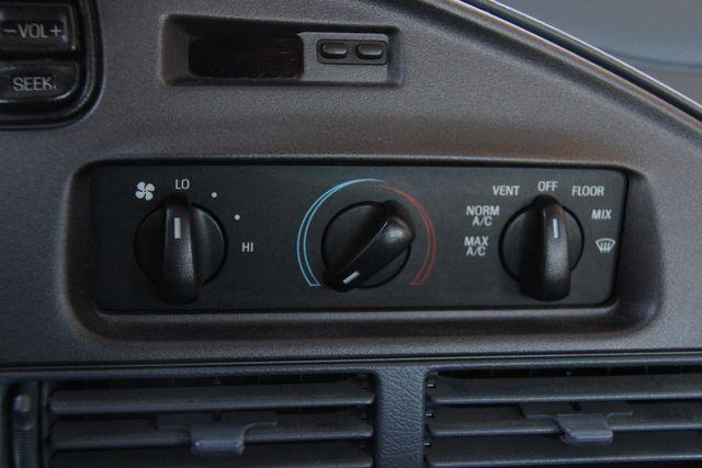 1993 Ford Taurus GL Santa Clarita, CA 21