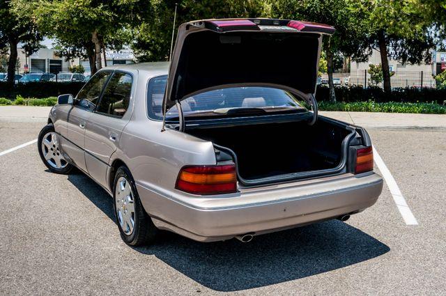 1993 Lexus LS 400  AUTO - LEATHER - SUNROOF Reseda, CA 10