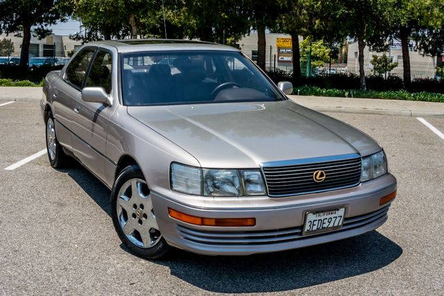 1993 Lexus LS 400  AUTO - LEATHER - SUNROOF Reseda, CA 39