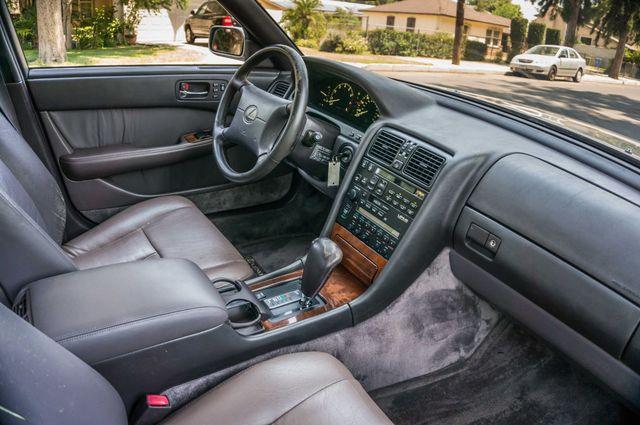 1993 Lexus LS 400  AUTO - LEATHER - SUNROOF Reseda, CA 30