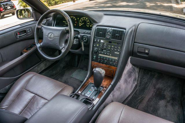 1993 Lexus LS 400  AUTO - LEATHER - SUNROOF Reseda, CA 31