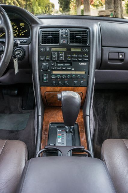 1993 Lexus LS 400  AUTO - LEATHER - SUNROOF Reseda, CA 21