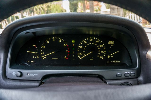 1993 Lexus LS 400  AUTO - LEATHER - SUNROOF Reseda, CA 16