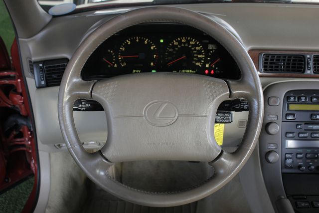 1993 Lexus SC 300 SUNROOF - HEATED LEATHER - PREMIUM SOUND! Mooresville , NC 5