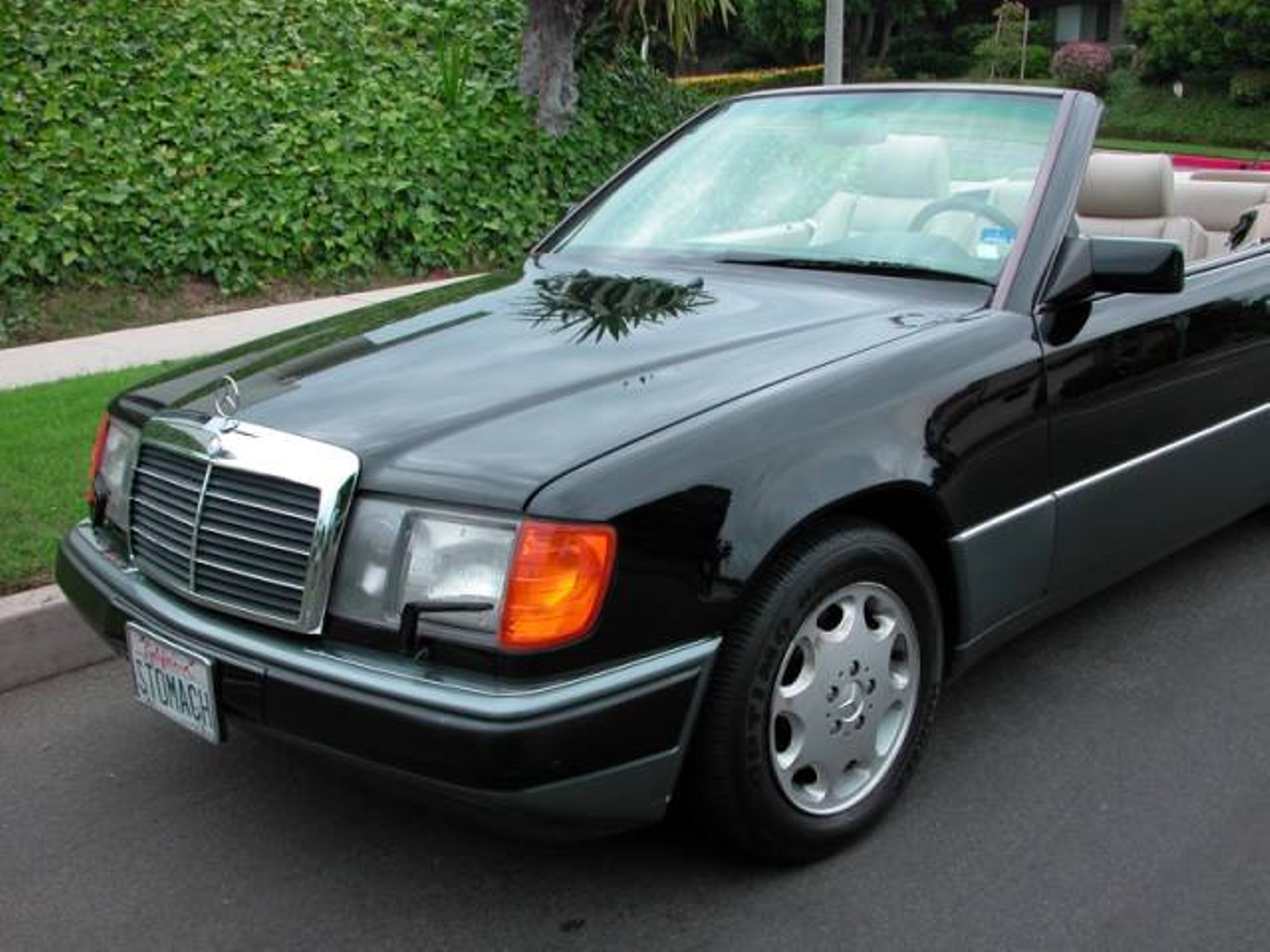 1993 mercedes benz 300 series cabriolet 300ce low miles for Mercedes benz of southern california