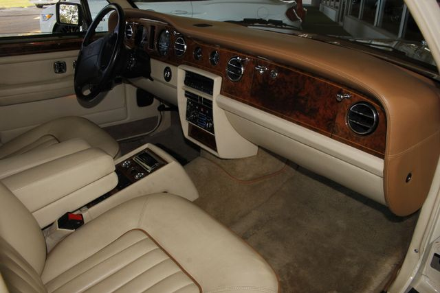 1993 Rolls-Royce Silver Spur II EXCEPTIONAL CONDITION - GARAGE KEPT! Mooresville , NC 32
