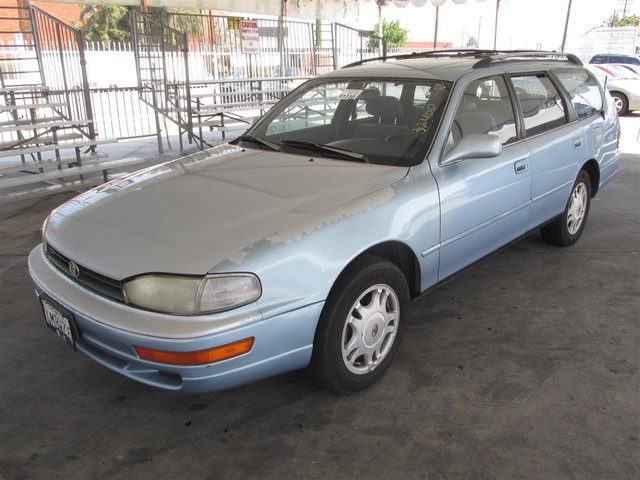 1993 Toyota Camry LE This particular Vehicle comes with 3rd Row Seat Please call or e-mail to che