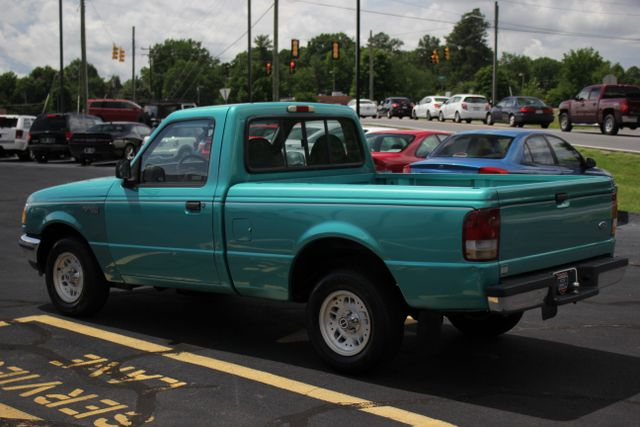 1994 Ford Ranger XLT Reg Cab RWD - ONE OWNER - 5SP MANUAL! Mooresville , NC 22