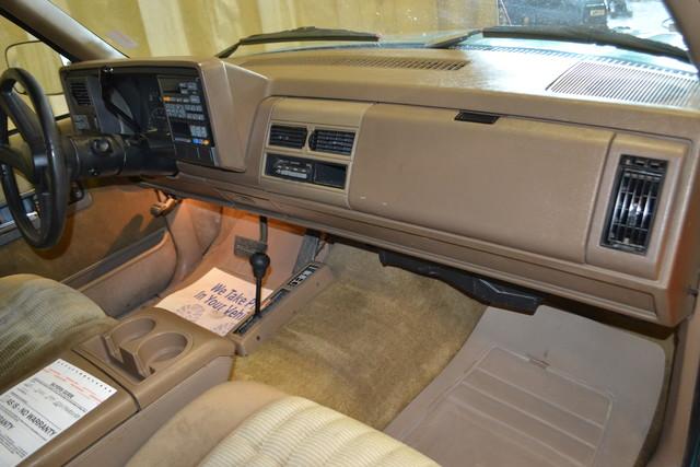 1994 GMC Sierra 1500 Roscoe, Illinois 16