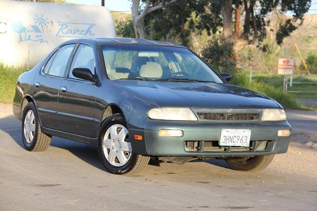 1994 Nissan Altima GLE Santa Clarita, CA 3