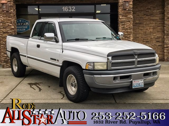 1995 Dodge Ram 1500 The CARFAX Buy Back Guarantee that comes with this vehicle means that you can