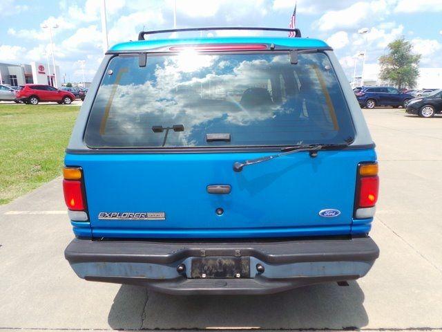 1995 Ford Explorer Cape Girardeau, Missouri 3