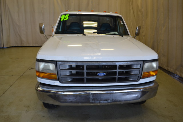 1995 Ford F-350 Chassis Cab Roscoe, Illinois 10