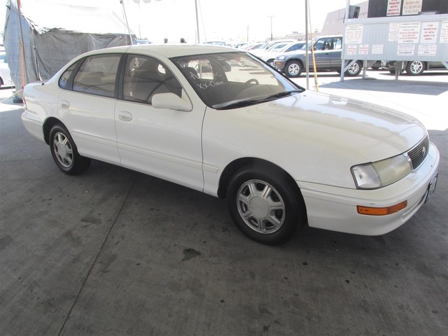 1995 toyota avalon xls w bucket seats cars and vehicles. Black Bedroom Furniture Sets. Home Design Ideas