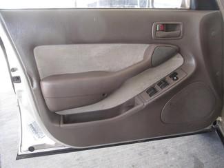 1995 Toyota Camry LE Gardena, California 9