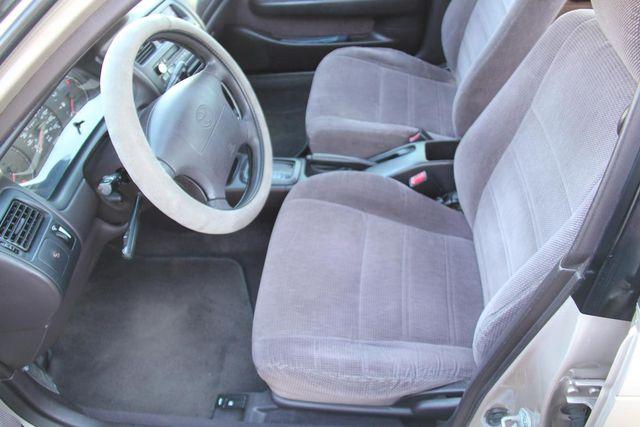 1995 Toyota Corolla DX Santa Clarita, CA 13