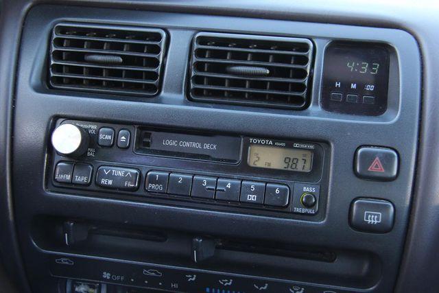 1995 Toyota Corolla DX Santa Clarita, CA 19