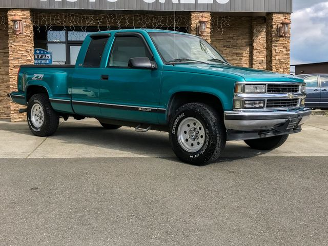 1996 Chevrolet CK 1500 Base Admiral Blue Met Paint wWhite Stripe 1996 Chevrolet CK 1500 Base 4W