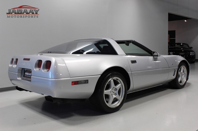 1996 Chevrolet Corvette Collector's Edition Merrillville, Indiana 4