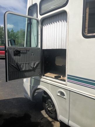 1996 Coachmen SANTARA-CLASS A DROVE FROM FLORDIA!! LOADED!! SHOWROOM CONDITION!! Knoxville, Tennessee 34