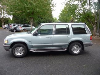 1996 Ford Explorer XLT | Portland, OR | Price is Right Oregon in Portland OR