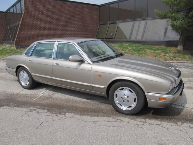 1996 Jaguar XJ Series Sedan St. Louis, Missouri 0