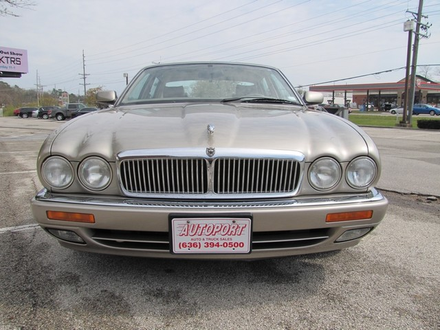 1996 Jaguar XJ Series Sedan St. Louis, Missouri 3