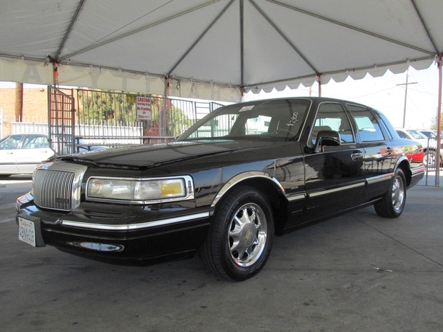 1996 Lincoln Town Car Signature Please call or e-mail to check availability All of our vehicles