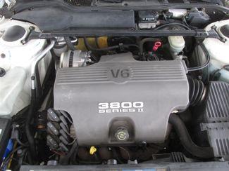 1996 Oldsmobile 98 Regency Elite Series I - 1SB Gardena, California 14