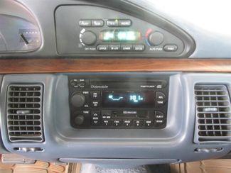 1996 Oldsmobile 98 Regency Elite Series I - 1SB Gardena, California 6