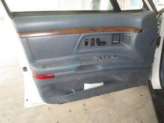 1996 Oldsmobile 98 Regency Elite Series I - 1SB Gardena, California 8
