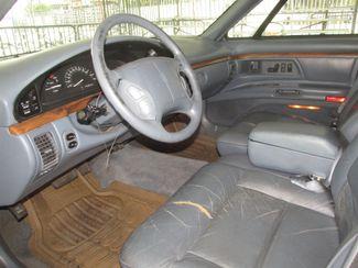 1996 Oldsmobile 98 Regency Elite Series I - 1SB Gardena, California 4