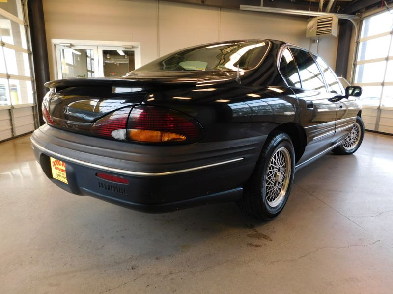 1996 Pontiac Bonneville SE  city TN  Doug Justus Auto Center Inc  in Airport Motor Mile ( Metro Knoxville ), TN