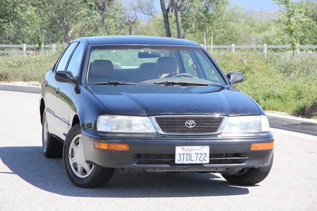 1996 Toyota Avalon XL w/Bucket Seats Santa Clarita, CA 3