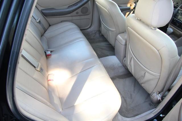 1996 Toyota Avalon XL w/Bucket Seats Santa Clarita, CA 16