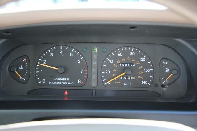 1996 Toyota Avalon XL w/Bucket Seats Santa Clarita, CA 23