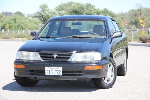 1996 Toyota Avalon XL w/Bucket Seats Santa Clarita, CA 4